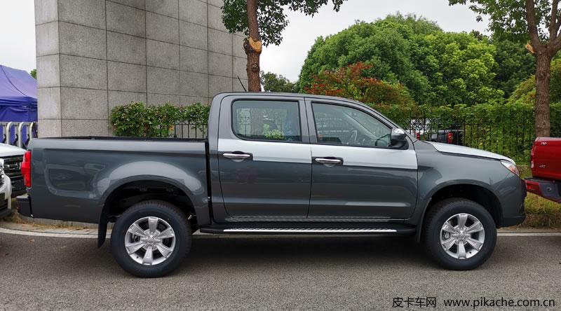 江淮T6柴油工程版皮卡上市,销售价格8.98-10.48万