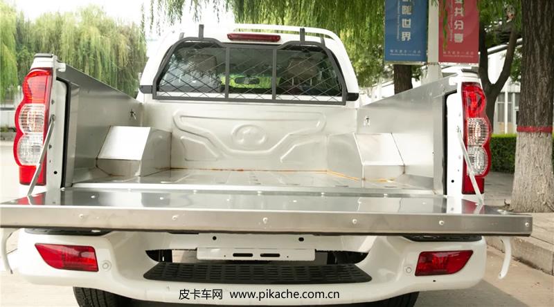 长城风骏皮卡推出海鲜版/基建版皮卡车型,售价8.88万元起